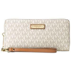 NWT Michael Kors Money Pieces Wristlet Wallet